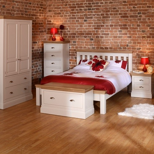 Country Oak and Painted Bedroom Furniture