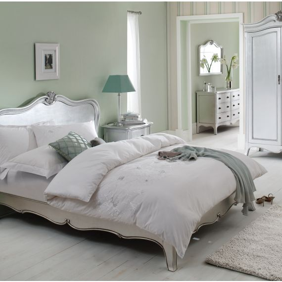 Louis French Silver Leaf 4′ 6″ Double Bed