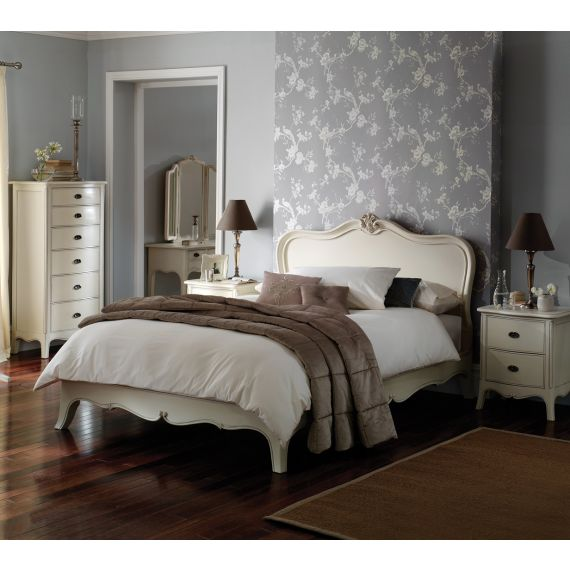 Louis French Ivory Painted 5' King Size Bed