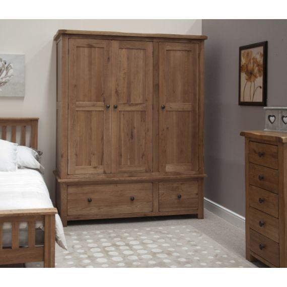 Rustic Solid Oak 3 Door Triple Wardrobe