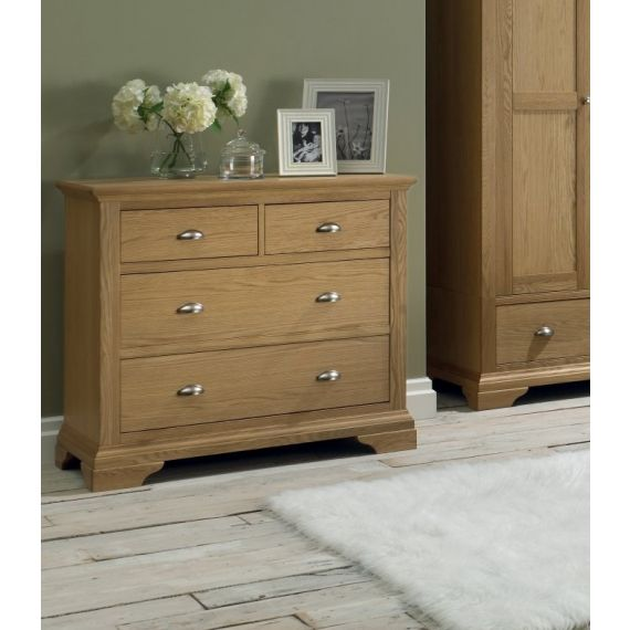 Hampstead Oak 4 Drawer Chest