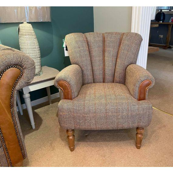 Lily Armchair Petite Size - Hunting Lodge Harris Tweed Wool - Vintage Sofa