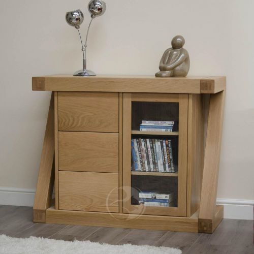 Z Shape Solid Oak Small Glazed Chest