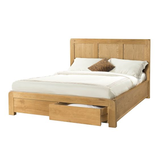 Fairfield Oak 5' King Size Bed with Drawers