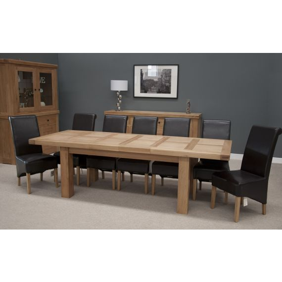French Bordeaux Oak Extending Dining Table