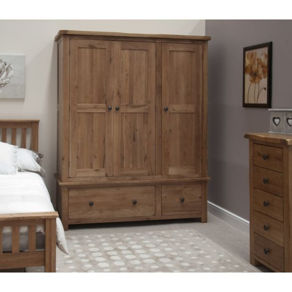 Rustic Solid Oak 3 Door Triple Wardrobe